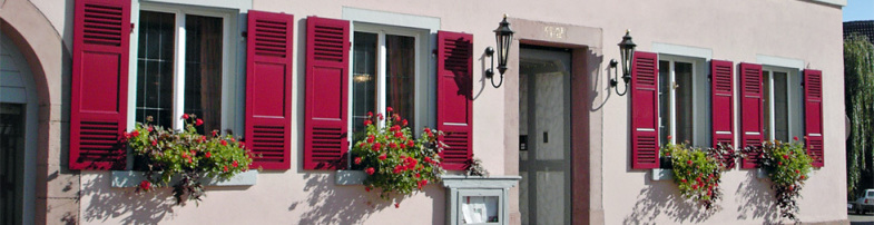 Haustüren, Rollladen, Fassadenschutz