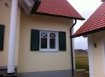 Fensterladen in Moosgrün